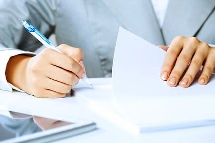 Оформляем приказ о праве подписи первичных документов