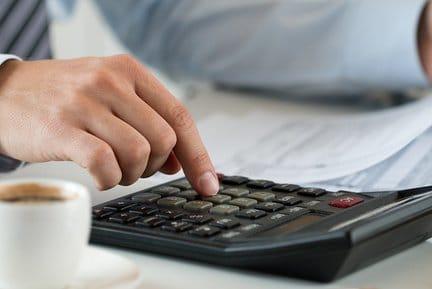 Заявление о выделении средств на выплату страхового обеспечения (бланк и образец)