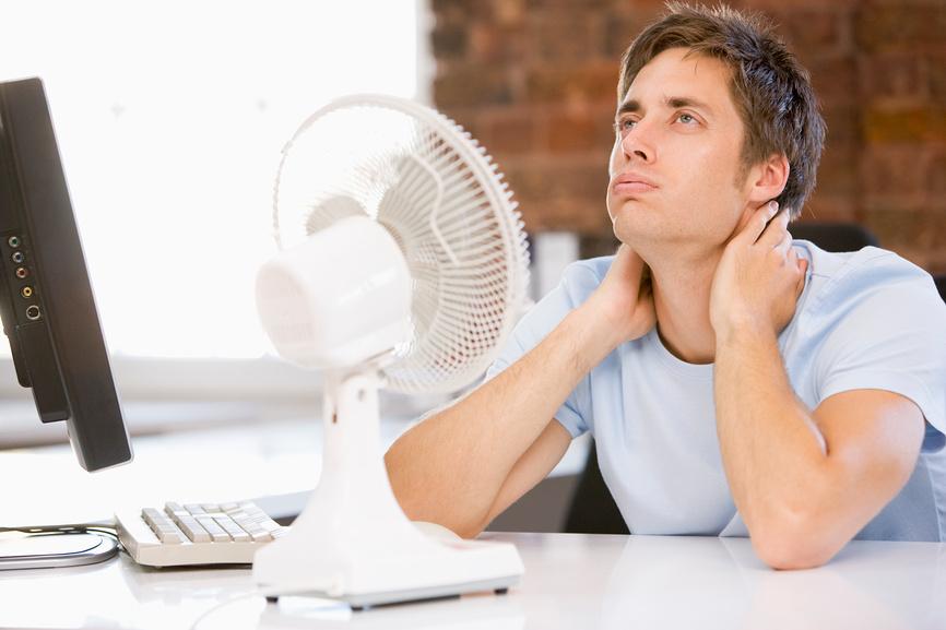 Что должен сделать в жару работодатель для сотрудников?