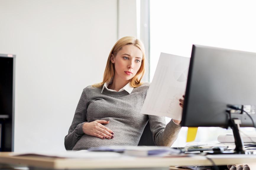 4 актуальных пособия по беременности и родам на 2018 г.