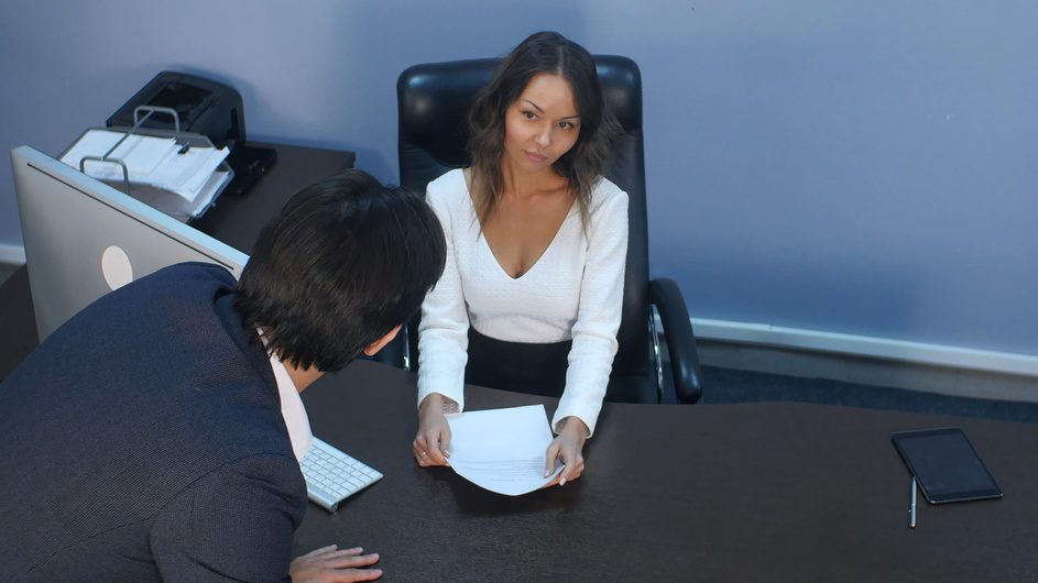 Как уволить сотрудника в связи с утратой доверия?